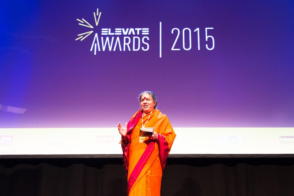 Vandana Shiva beim Elevate Festival